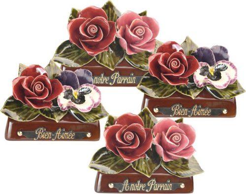 staander met rode en zacht rode roos